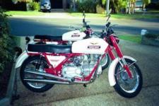 Прикрепленное изображение: Moto_Guzzi_Falcone_Sport_1971.jpg