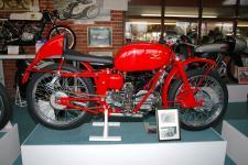 Прикрепленное изображение: 1951_Moto_Guzzi_Gambalungino_.jpg