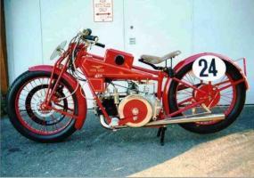 Прикрепленное изображение: Moto_Guzzi_C2V_1924.jpg