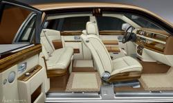 Прикрепленное изображение: rolls_royce_phantom_bespoke_collection_exclusively_for_uae_3.jpg