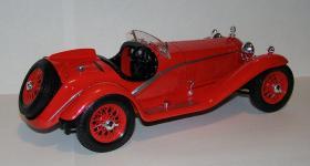 Прикрепленное изображение: 1932_Alfa_Romeo_8C_2300_Touring_1_18__Bburago__7008__4.JPG