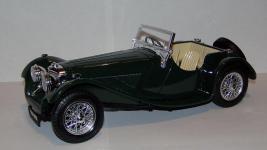 Прикрепленное изображение: 1937_SS_100_Jaguar_1_18__Bburago__3.JPG