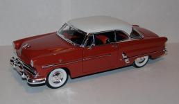 Прикрепленное изображение: 1953_Ford_Crestline_Victoria_1_24__Maisto__1.JPG