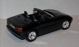 Прикрепленное изображение: 1989_1991_BMW_Z1_1_24__Revell__07361__3.JPG