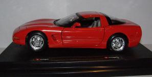 Прикрепленное изображение: 1997_Chevrolet_Corvette.JPG