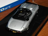 Прикрепленное изображение: 1971_Jaguar_E_Type_Series_III__AUTOart__53771__3.jpg