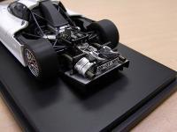 Прикрепленное изображение: 8029_Porsche_911_GT1_1998__Road_Car_02.jpg