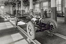 Прикрепленное изображение: V4_Chassis_1927.jpg