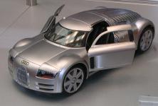 Прикрепленное изображение: Audi_Rosemeyer_Modell.jpg