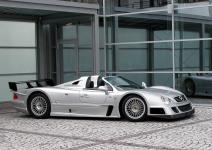 Прикрепленное изображение: amg_clk_gtr_street_version_roadster_3.jpg
