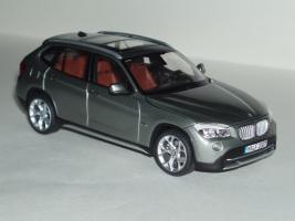 Прикрепленное изображение: BMW_X1_1.jpg