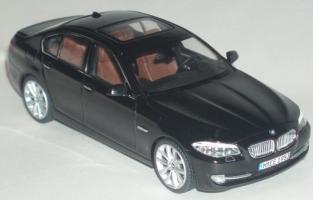 Прикрепленное изображение: BMW_5_er_2010_1.jpg