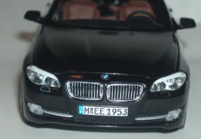 Прикрепленное изображение: BMW_5_er_2010_6.jpg