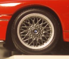 Прикрепленное изображение: BMW_M3_Sport_Evolution_E30_3.jpg