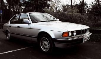Прикрепленное изображение: BMW_7_er_E32_3.jpg