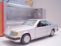 Прикрепленное изображение: Mercedes_Benz_C124_300CE_Gama.jpg
