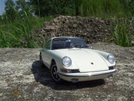 Прикрепленное изображение: Porsche_911_S_1967__3_.JPG