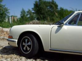 Прикрепленное изображение: Porsche_911_S_1967__19_.JPG