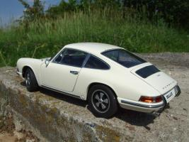 Прикрепленное изображение: Porsche_911_S_1967__32_.JPG