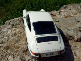 Прикрепленное изображение: Porsche_911_S_1967__33_.JPG