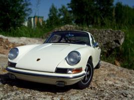 Прикрепленное изображение: Porsche_911_S_1967__34_.JPG