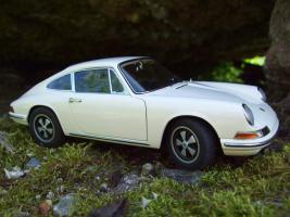 Прикрепленное изображение: Porsche_911_S_1967__36_.JPG