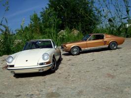 Прикрепленное изображение: Porsche_911_S_1967___Ford_Mustang_GT_390_1967___8_.JPG