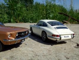 Прикрепленное изображение: Porsche_911_S_1967___Ford_Mustang_GT_390_1967___12_.JPG
