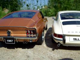 Прикрепленное изображение: Porsche_911_S_1967___Ford_Mustang_GT_390_1967___13_.JPG