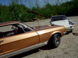 Прикрепленное изображение: Porsche_911_S_1967___Ford_Mustang_GT_390_1967___17_.JPG