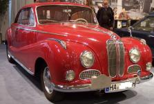 Прикрепленное изображение: 800px_BMW_502_red_vr_TCE.jpg