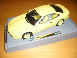 Прикрепленное изображение: BMW_850CSi_1995_yellow_REVELL.jpg