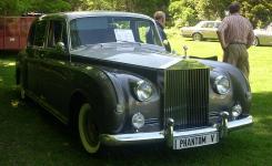 Прикрепленное изображение: 800px___68_Rolls_Royce_Phantom_V__Hudson_.JPG
