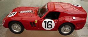 Прикрепленное изображение: Rosso_Model_Ferrari_004.jpg