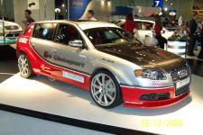 Прикрепленное изображение: motorshow_2005_dubai_057.jpg
