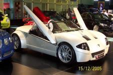 Прикрепленное изображение: motorshow_2005_dubai_066.jpg