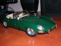 Прикрепленное изображение: Jaguar_E_type_1961_1_18__________________.jpg