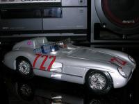 Прикрепленное изображение: Mercedes_Benz_300_SLR_Mille_Miglia_1955_1_18__________________.jpg