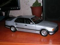 Прикрепленное изображение: BMW_730i__E32__1987_1_18__________________.jpg