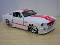 Прикрепленное изображение: Ford_Mustang_GT_1967_1_24__________________.jpg