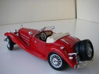 Прикрепленное изображение: Mercedes_Benz_500_K_Roadster_1936__Bburago___2_.JPG