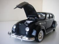 Прикрепленное изображение: Chrysler_Airflow_C10_Imperial_1936__Signature_models___10_.JPG