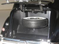 Прикрепленное изображение: Chrysler_Airflow_C10_Imperial_1936__Signature_models___18_.JPG