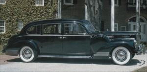 Прикрепленное изображение: Packard_Super_8_Custom_180_Touring_Limousine_by_LeBaron_1941.jpg