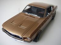 Прикрепленное изображение: Ford_Mustang_GT_Fastback_1967__AutoArt___9_.JPG