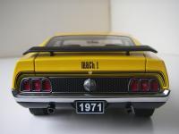 Прикрепленное изображение: Ford_Mustang_Mach_1_Sportsroof_1971__AutoArt___8_.JPG