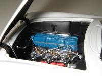 Прикрепленное изображение: Chevrolet_Corvette_1953__AutoArt___14_.JPG