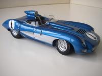 Прикрепленное изображение: Chevrolet_Corvette_SS_Concept_1957__AutoArt___4_.JPG
