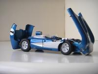Прикрепленное изображение: Chevrolet_Corvette_SS_Concept_1957__AutoArt___8_.JPG