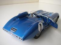 Прикрепленное изображение: Chevrolet_Corvette_SS_Concept_1957__AutoArt___10_.JPG